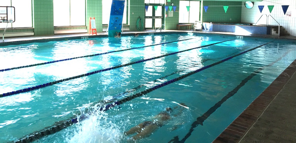 breckenridge pool